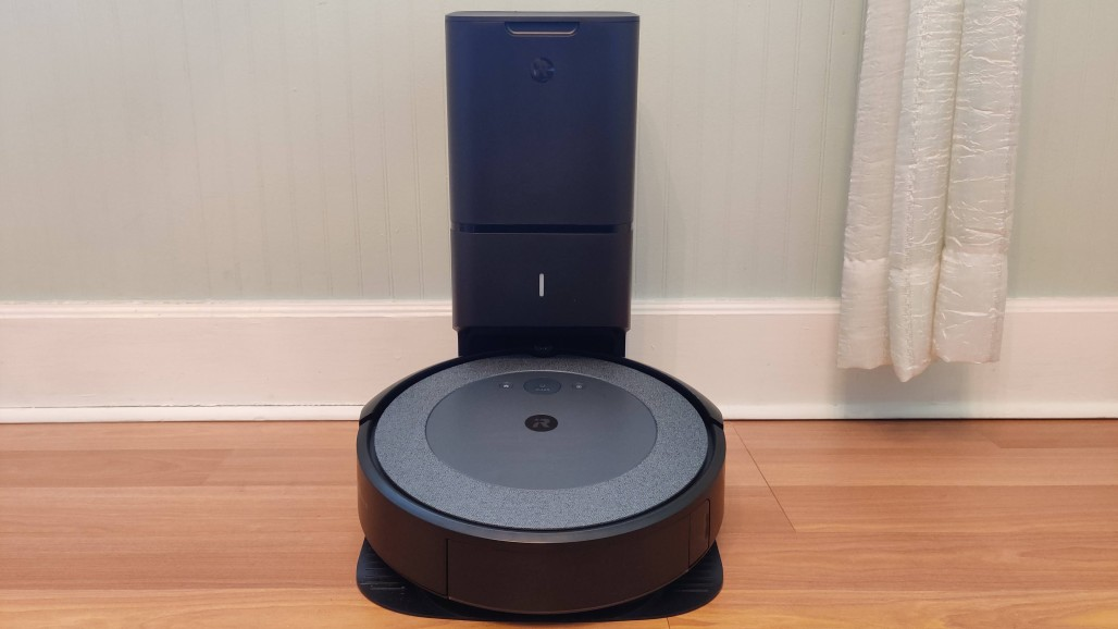 Roomba i3 +: a somewhat cheaper vacuum cleaner that brings its own tank