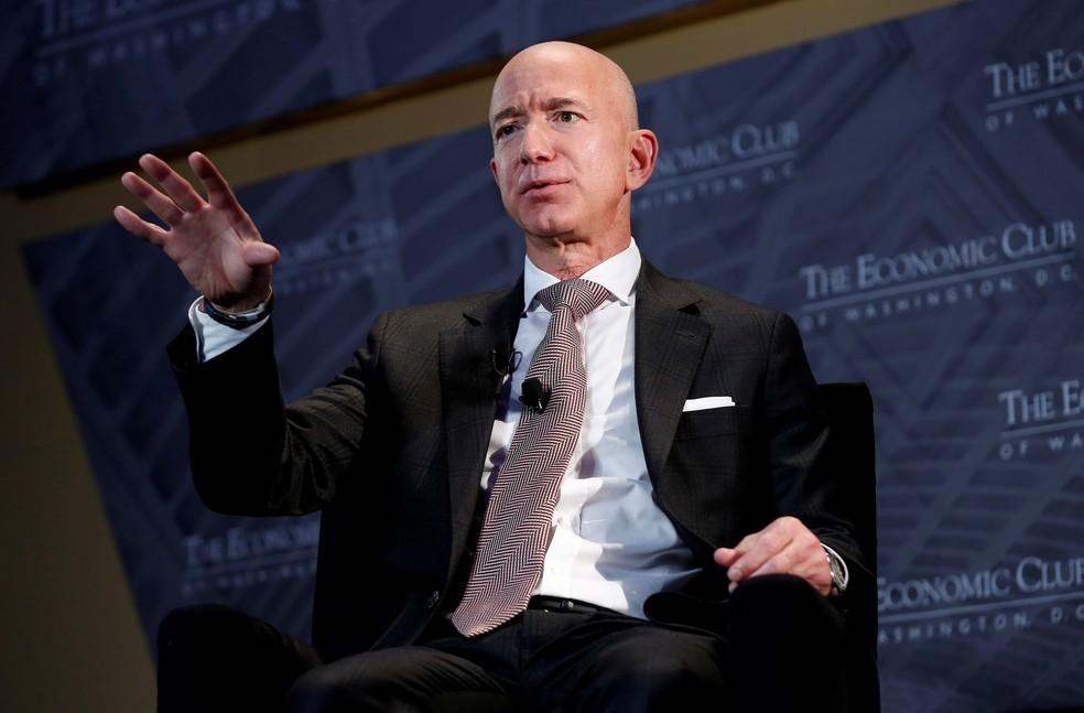 Bezos exit cools Amazon's positive quarterly balance sheet impact