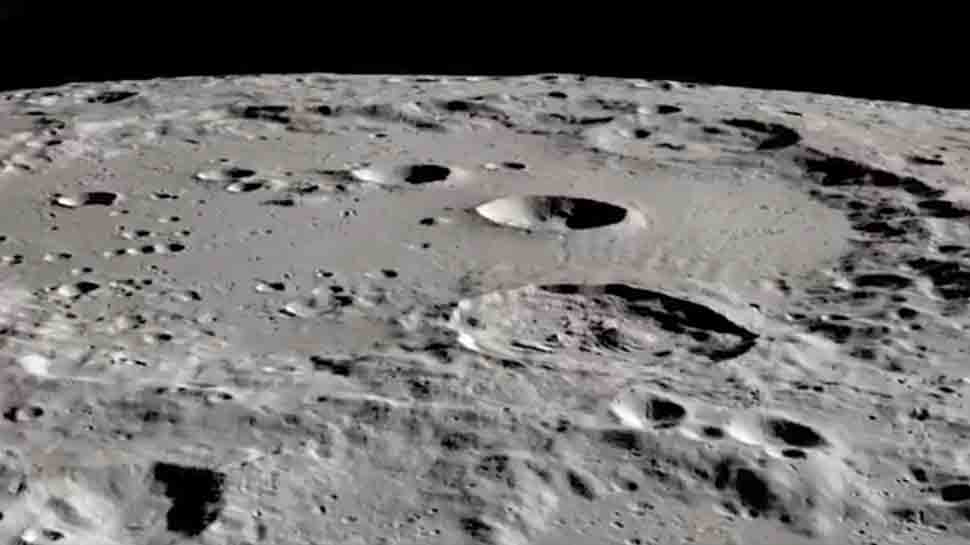 NASA confirms that there is water on the Moon: it is trapped in small reservoirs
